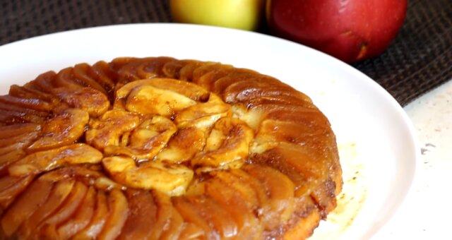 Apfel-Tatin-Kuchen. Quelle: Screenshot Youtube