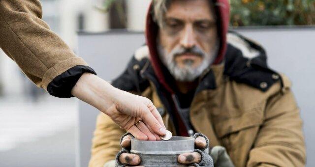 Frau verliebte sich in einen Obdachlosen. Quelle: Screenshot Youtube