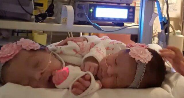 Zwillinge Scarlett und Savannah. Quelle: Screenshot Youtube