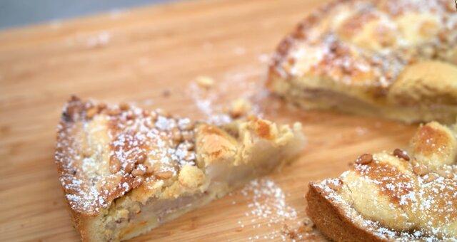 Apfel-Birnen-Kuchen. Quelle: Screenshot Youtube
