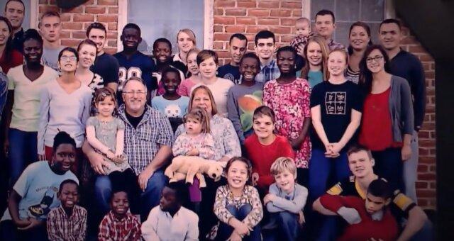 Familie Briggs. Quelle: Screenshot Youtube