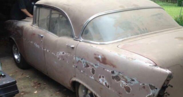 Altes Chevrolet vor der Restaurierung. Quelle: Screenshot Youtube