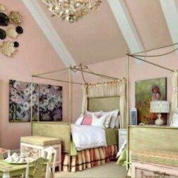 """Eine Frau hat für ihre ungewöhnliche Tochter ihr Zimmer in einen """"Disney-Palast"""" umgestaltet"""